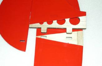 Tab and slot design that locks the fin into the horizontal stab.