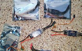 5 X HK 30 Amp ESC with programmer