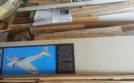 4 vintage plane kit lot- as is