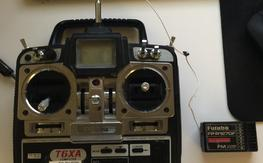 Futuba 72mhz. Tansmitter and Receiver - t6xa and fp-r127df $40