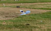 Name: DSC_0985_DxO_raw (Large).jpg Views: 111 Size: 110.2 KB Description: Dan's Half-Pipe on landing.