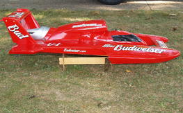 Proboat 1/8 miss budweiser unlimited hydro 26cc gas boat.