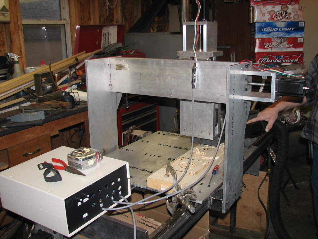 Controler box from hobbyCNC pn the left.