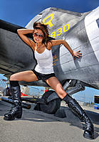 Name: planebabe2.jpg