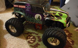 Assocaited MGMT 4.0 RTR Grave digger nitro