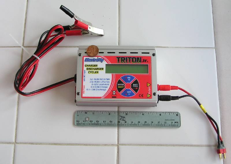 Triton Jr. with home-made output lead.  Note the full size battery clips.
