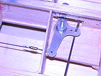 Name: DSCN0075.jpg Views: 62 Size: 195.3 KB Description: solder keeper to wire, won't pull out.