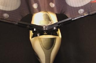 The wings installed behind the nose