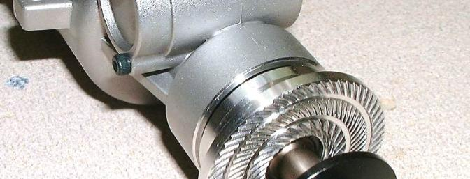 The prop hub is held in position with a tapered collar, instead of the usual keyed crankshaft.