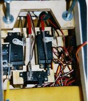 Name: 8 ball servos.jpg