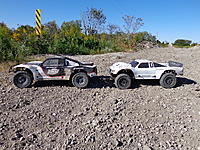 Name: Losi 5ive T And Baja 5 ScT Size Comparison (1).jpg