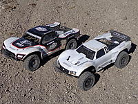 Name: Losi 5ive T And Baja 5 ScT Size Comparison (3).jpg