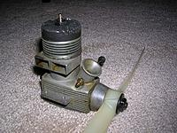 Name: Testors 40 CL Engine.jpg