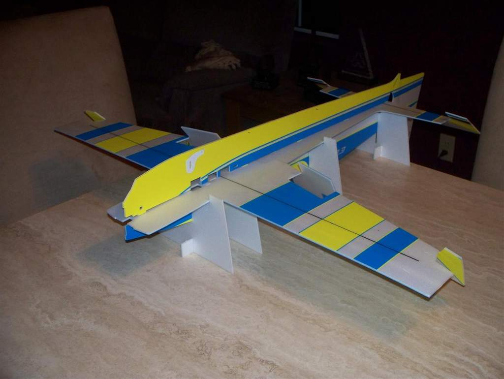 Name: edge 540 fuselages joined.jpg