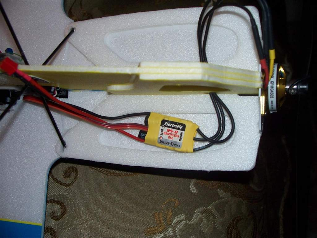 Name: edge 540 esc installed.jpg