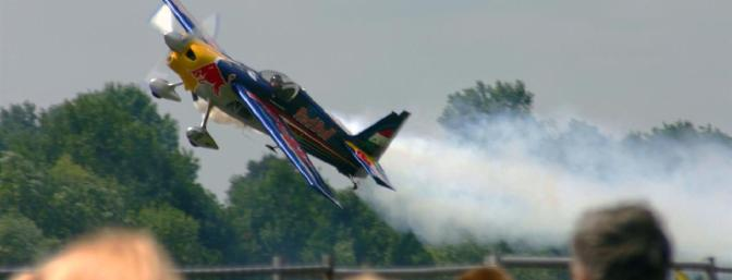 Here's a full-scale Edge doing what Edges do best.  Pilot Hannes Arch puts a 540 through its paces at an air race in Kirchheim, Upper Austria on July 25, 2010.  (Photo:  Wikimedia Commons)