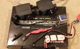 Futaba GY520 Gyro + 2 S9254 Servos