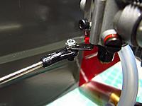 Name: 070 - Throttle Linkage 3 - small.jpg Views: 18 Size: 94.8 KB Description: