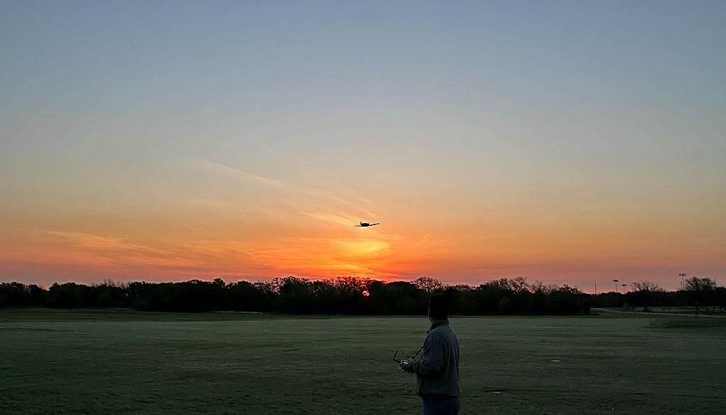 Name: Sunrisespitfiremar07.jpg Views: 1,173 Size: 85.5 KB Description: