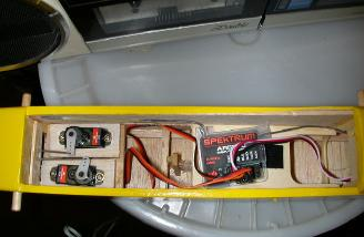 S75 servos and receiver installation in the Skimmer.