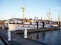 Name: 100_5877.jpg Views: 71 Size: 241.6 KB Description: old Canadian double ender fisheries boat