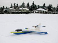 Name: IMG_9481_(1024x767).jpg Views: 1449 Size: 71.3 KB Description: This model flies easily off of snow, as well