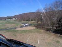 Name: 001_01.jpg Views: 276 Size: 89.2 KB Description: Coming in for a landing.
