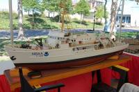 Name: DSC_1957a.jpg Views: 147 Size: 74.6 KB Description: Research vessel scratch built I believe.