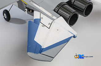 Both the horizontal and vertical stabilizers are glued to the fuselage with medium CA