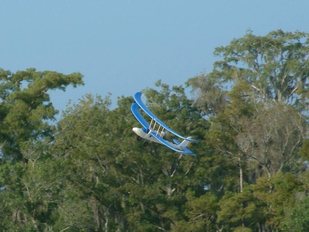 Name: EasyStar Biplane 03.jpg Views: 1,308 Size: 90.0 KB Description: It actually flies