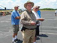 Name: DSCN1421.jpg Views: 64 Size: 235.4 KB Description: FPV Video Rides... Bob flying via FPV