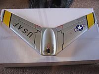 Name: jets 024.jpg Views: 70 Size: 236.5 KB Description: Wings on the f-86 are one piece with a single servo for both Ailerons