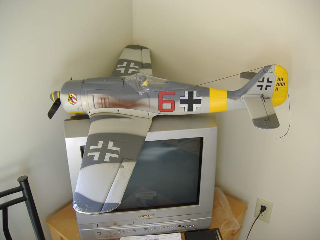 Name: 2 PZ FW-190 1.jpg