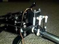 Name: 2011-11-21_19-09-14_962.jpg Views: 116 Size: 160.3 KB Description: A close up of the yaw mechanism.