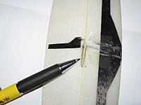 Name: pull-spring 001.jpg Views: 205 Size: 168.9 KB Description: spring mounted in rudder