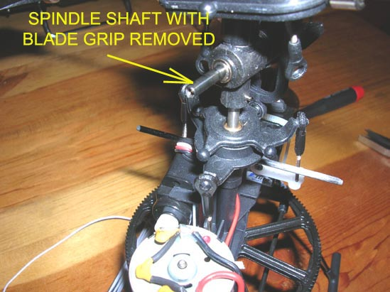Name: 16.jpg Views: 860 Size: 66.8 KB Description:  Note spindle shaft with blade grip removed.