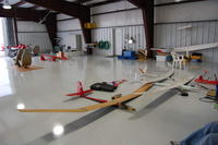 Name: DSC_0084.jpg Views: 213 Size: 66.0 KB Description: Just half of the hanger area!