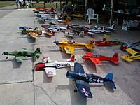 Name: Photo054.jpg Views: 147 Size: 110.4 KB Description: The flight line.