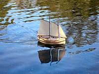 Name: ron_w-boat.jpg Views: 90 Size: 58.5 KB Description: