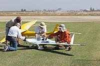 Name: IMG_0059-s.jpg Views: 92 Size: 296.2 KB Description: It takes a village to keep this in the air.