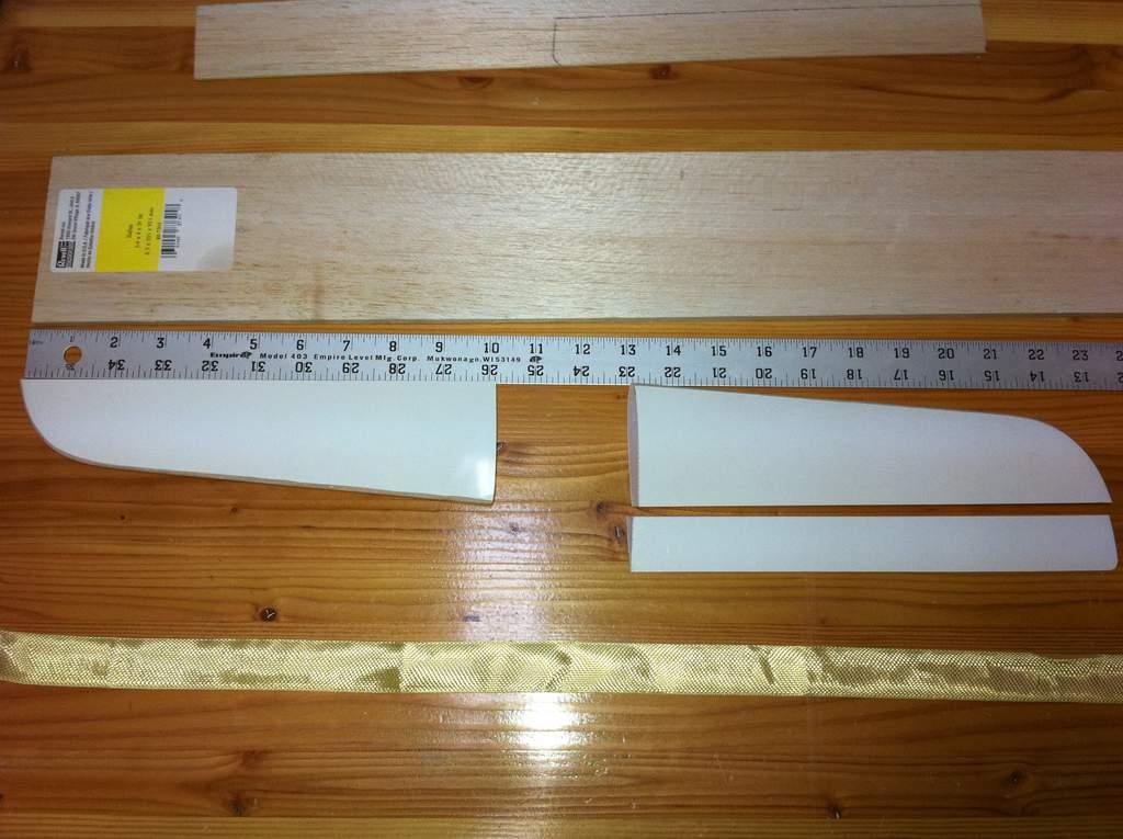 Name: tail-a.jpg Views: 205 Size: 81.8 KB Description: the original tail was foam bagged..very light layup