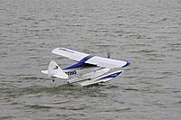 Name: DSC_0348.jpg Views: 237 Size: 188.1 KB Description: Breaking free of the water...effortlessly