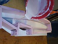 Name: FILE0189.jpg Views: 455 Size: 52.7 KB Description: pouring the fuselage