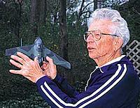 Name: rud.jpg Views: 60 Size: 14.9 KB Description: Rudy Opitz (1910-2010) Piloto de pruebas y Comandante del JG-400