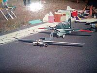 Name: me 019.jpg Views: 59 Size: 139.9 KB Description: Ambos Komets, esta foto se otmo en la Base aerea Militar No.5 alla por 1994