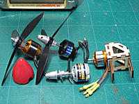 Name: IMG_1079-001.jpg Views: 38 Size: 160.1 KB Description: candidate motors for three blade propella, dia 6 inch, pitch 4.5 inch.