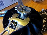 Name: 15.jpg Views: 218 Size: 180.4 KB Description: Doing up the rotor nut.