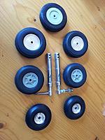 Name: 104 Main gear wheels choices.jpg Views: 161 Size: 127.4 KB Description: