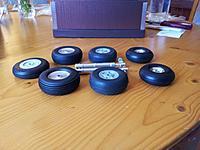 Name: 105 Main gear wheels choices.jpg Views: 149 Size: 203.9 KB Description: