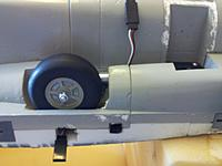 Name: 117 Retract, oleo, wheel, fitted.jpg Views: 159 Size: 134.3 KB Description: